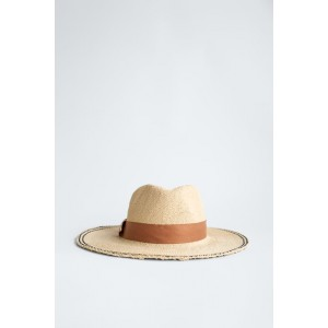 HAT WITH CONTRASTING BAND