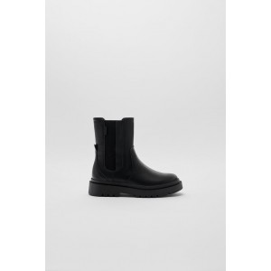 LUG SOLE STRETCH ANKLE BOOTS