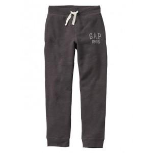 Slim fit logo fleece pants