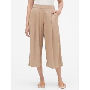 Pleated Wide-Leg Crop Pants in Linen-Rayon