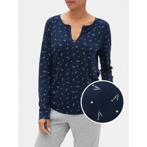 Long Sleeve Print Split-Neck T-Shirt