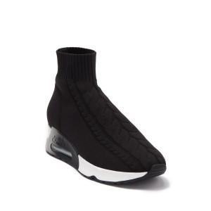 Living Sock Sneaker